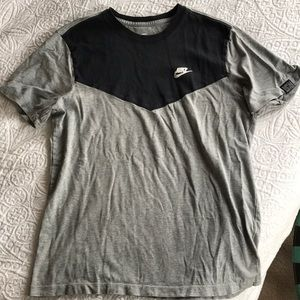 Men's Nike Large T Shirt